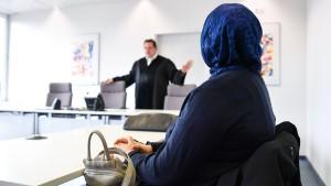 Streit ums Kopftuch am Arbeitsplatz geht weiter