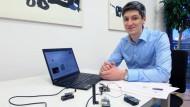 Sorgt mit seinem Forscherteam am Hasso-Plattner-Institut dafür, dass im Internet der Dinge alles sicher funkt: Informatiker Konrad-Felix Krentz