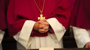 Katholische Kirche will bei Wiederheirat nicht mehr kündigen