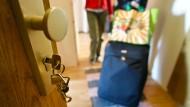Hereinspaziert: Wer in einer Privatwohnung übernachtet, kann auch gleich sozialen Anschluss finden.