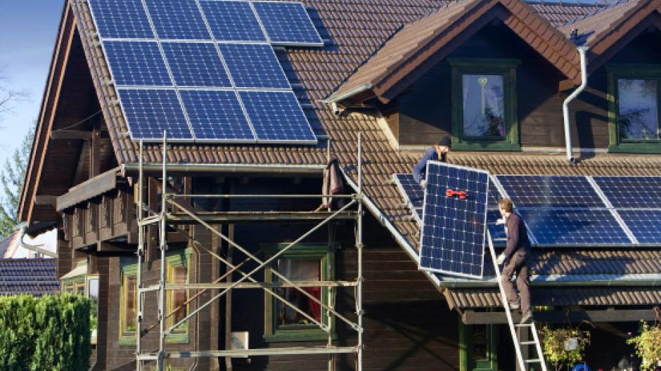 Jetzt soll die Solarförderung erst ab 1. Juli gekürzt werden