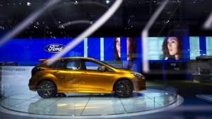 Die Autos von Ford lernen Deutsch