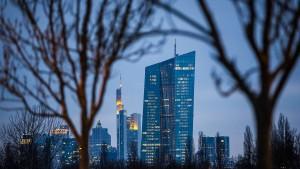EZB lässt Staatshaushalte gesunden