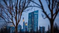 Die Europäische Zentralbank hat die Leitzinsen infolge der Eurokrise auf null Prozent gesenkt.