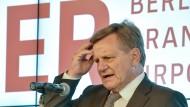 Steht BER-Boss Mehdorn vor der Ablösung?
