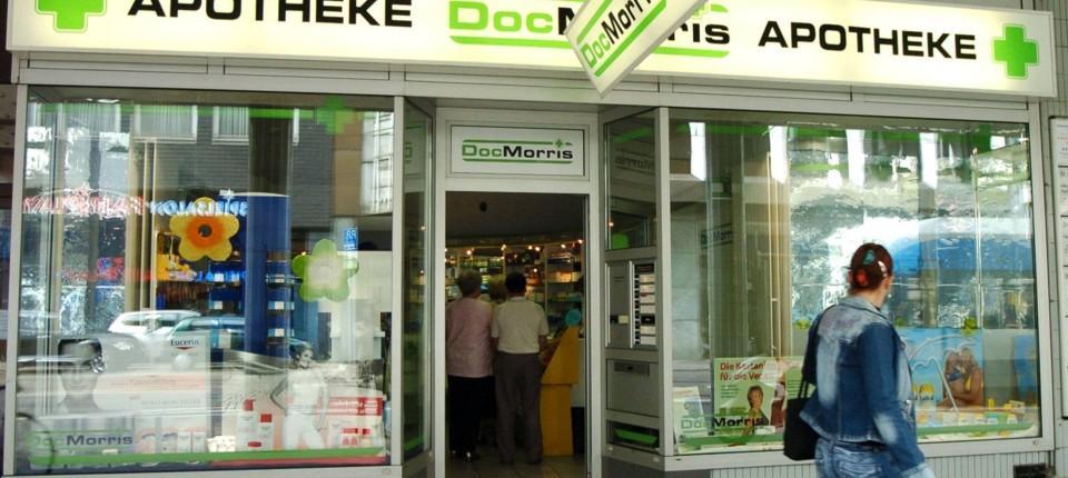 b1b93c5010 Versand-Apotheke: DocMorris wird in die Schweiz verkauft ...