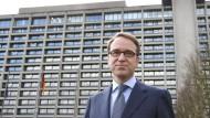 Bewundert, beneidet, gefürchtet: Die Bundesbank-Zentrale - hier mit Präsident Jens Weidmann - aus den frühen Siebzigerjahren ist heute sanierungsbedürftig.