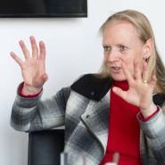Hält die Stellung: Birgitta Wolff gehört zu den Wenigen, die derzeit auf dem Frankfurter Uni-Campus arbeiten.
