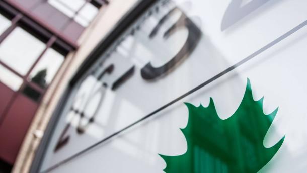 EY einigt sich mit Maple-Insolvenzverwalter