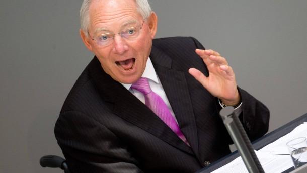 Schäuble will schneller auf neue Schulden verzichten