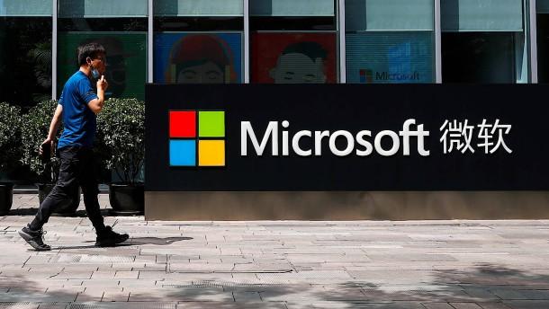 Opportunist Microsoft