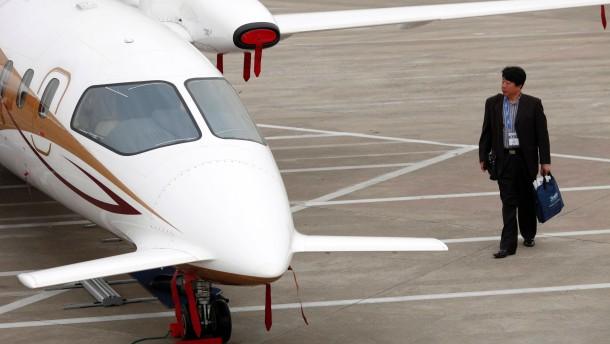 AIG verkauft Geschäft mit Flugzeugleasing an Chinesen
