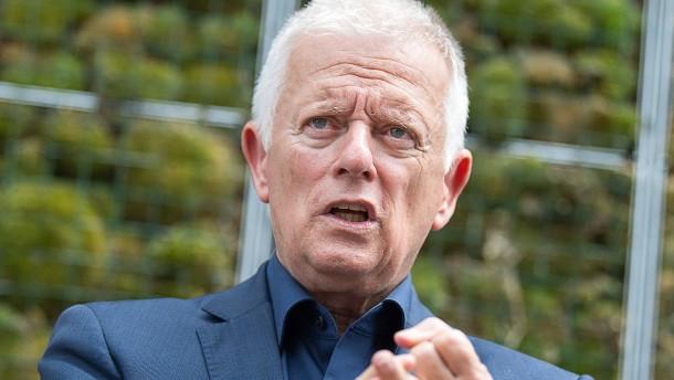 Stuttgarts Oberbürgermeister liest der Autoindustrie die Leviten