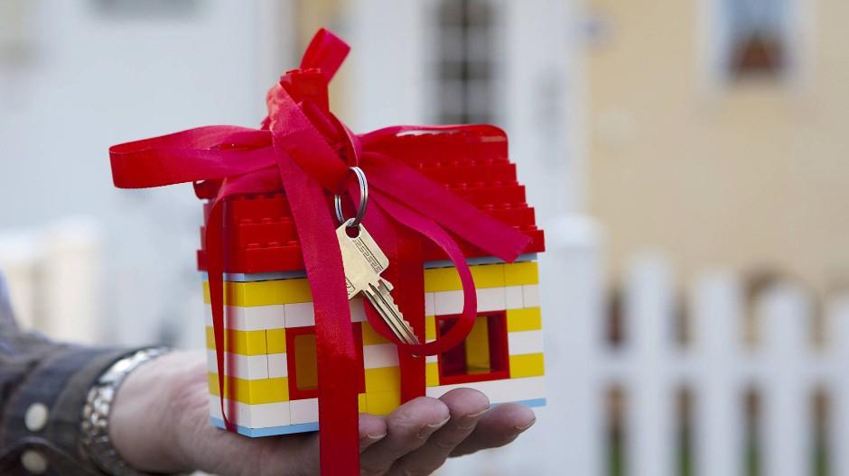 Wer nach einer Immobilie sucht, muss auf einige Dinge achten.