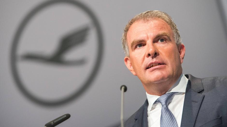 """""""Die Kosten in Frankfurt sind 20 Prozent höher als anderswo - die 20 Prozent müssen weg"""": Lufthansa-Chef Carsten Spohr"""