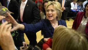 Clinton will höhere Steuern für Reiche