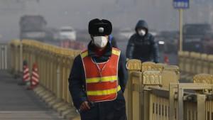 In China werden die Gasmasken knapp