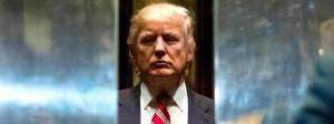 Ein noch größtenteils unbekannter amerikanischer Präsident: Donald Trump verschwindet im Fahrstuhl.