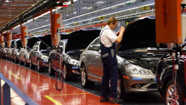 Verwirrung um gedrosselte Mercedes-Produktion