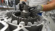Maßarbeit: Getriebebau bei ZF