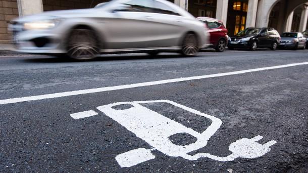 Elektroautos sind in Deutschland stark gefragt