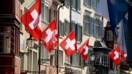 Häuserfront in Zürich: Den Fachkräftemangel bekommen auch Start-ups zu spüren.