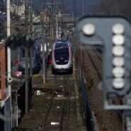 Blick auf einen französischen TGV aus einer Alstom-Fabrik in Belfort