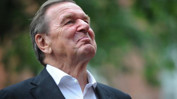 Schröder genießt Lobeshymnen auf Agenda 2010