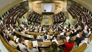 Weiter viele Studenten, aber die Anfängerzahlen sinken