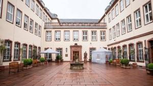 Credit Suisse verkauft an Bethmann