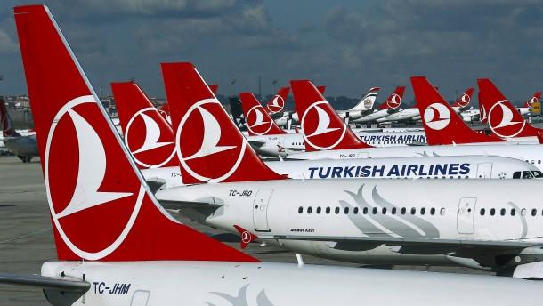 Turkish Airlines entlässt über 200 Mitarbeiter