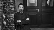 Ein Mann zum Anlehnen: Für Lionel Richie geht es wieder bergauf