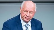 CDU-Haushälter Eckhardt Rehberg warnt den Finanzminister.