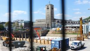 Stuttgart 21 kommt bis zu zwei Jahre später