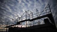 Vorsicht vor der Immobilienblase: Noch in dieser Legislaturperiode solle ein entsprechendes Gesetzgebungsverfahren zu Ende geführt werden.