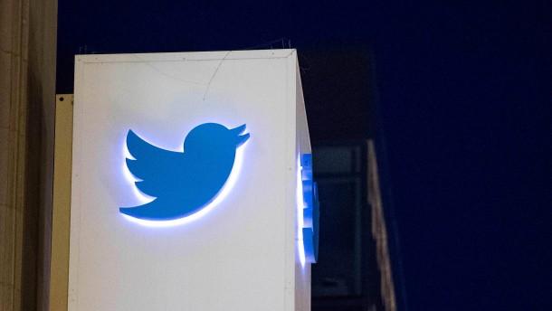 Twitter unter Beschuss von Falschnachrichten
