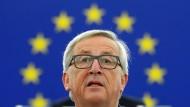 Der Luxemburger Jean-Claude Juncker hat europäische Visionen, dass es einem Angst und Bange wird.