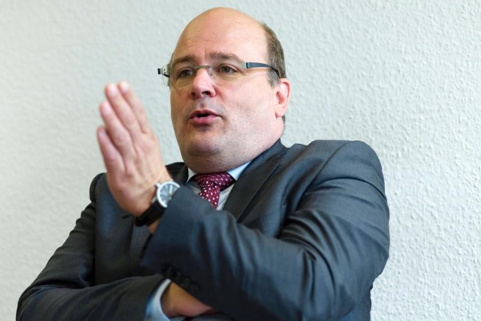 Steffen Kampeter ist Parlamentarischer Staatssekretär beim Bundesminister der Finanzen.