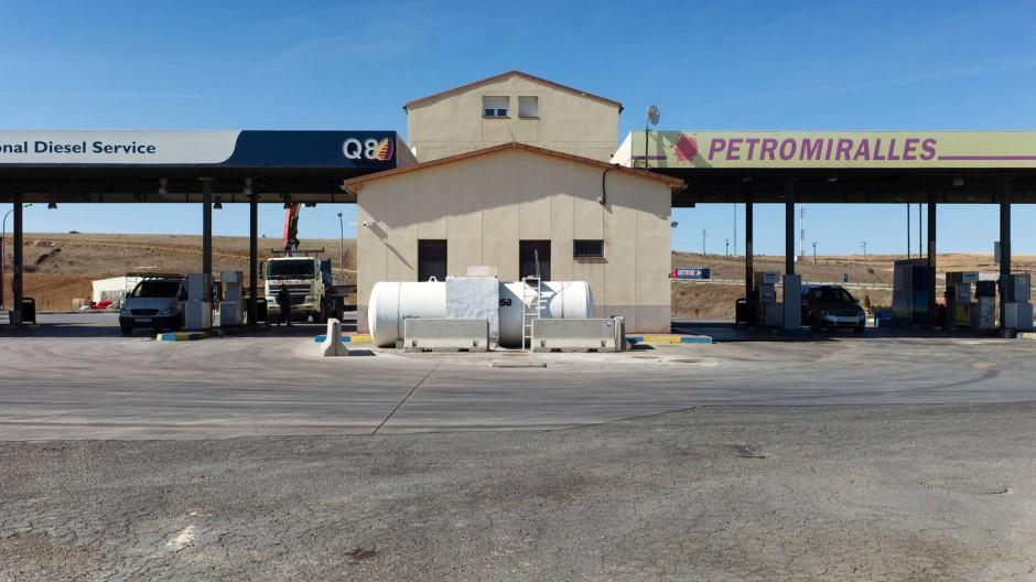 Tankstelle an einer Autobahn in Spanien