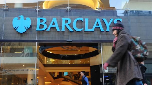 Barclays streicht 3700 Stellen