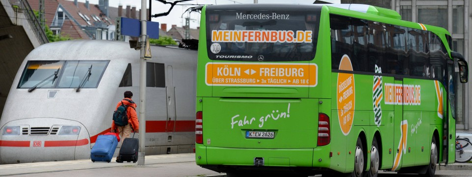 meinfernbus flixbus will auch bahnfahrten anbieten. Black Bedroom Furniture Sets. Home Design Ideas