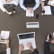 Wer an Verhandlungen teilnimmt, erhöht seine Sichtbarkeit bei den Vorgesetzten.