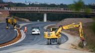 Die staatlichen Ausgaben steigen: Straßenbau in Niedersachsen