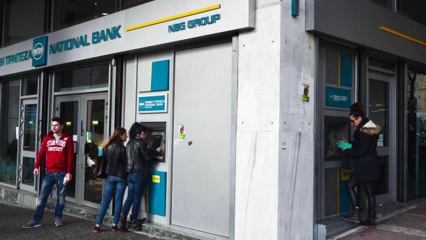 Griechische Banken als Geiseln der Politik
