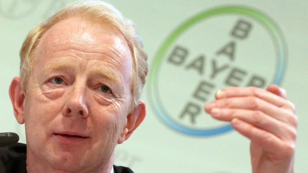 """Bayer-Chef sagt Deutschland bald """"Auf Wiedersehen"""""""