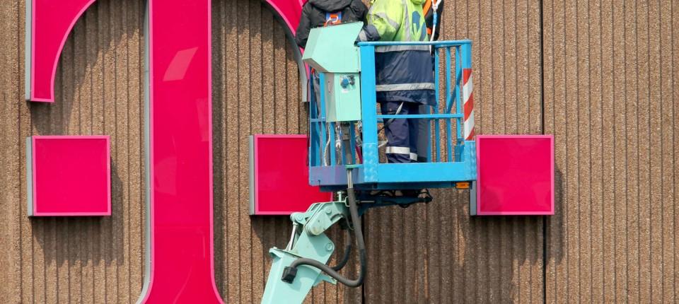 Tarifeinigung 50000 Telekom Deutschland Mitarbeiter Bekommen Mehr