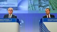 Kommissionspräsident Jean-Claude Juncker und Haushaltskommissar Günther Oettinger