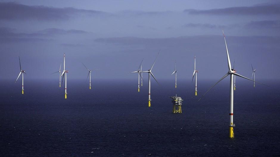 Grüner Wasserstoff soll in Deutschland vor allem mit Windstrom erzeugt werden.