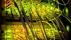 Die Industrie will nicht länger auf schnelles Internet warten