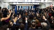 Trump während seiner Pressekonferenz im Weißen Haus zum Coronavirus.